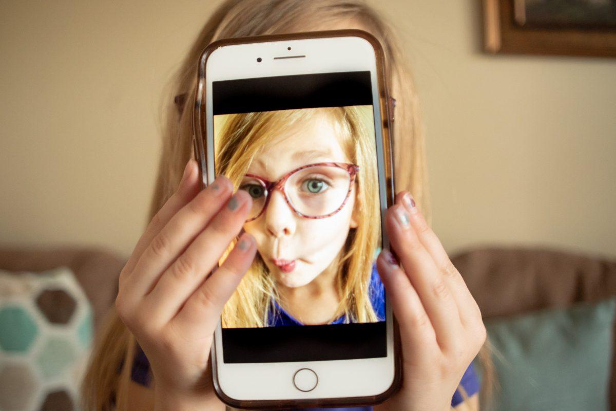 post photos of children online
